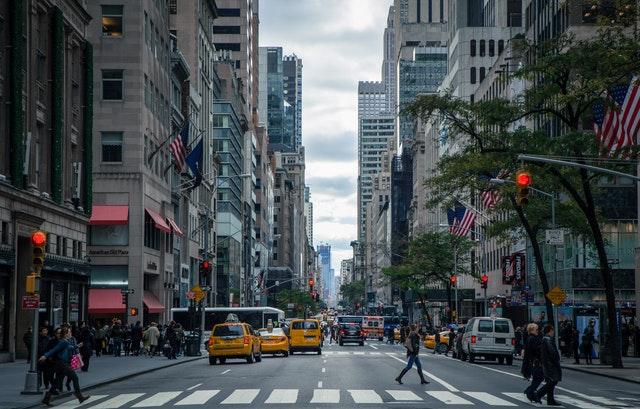 le nombre d homicides s effondre et atteint des minimums historiques dans la ville de new york. Black Bedroom Furniture Sets. Home Design Ideas
